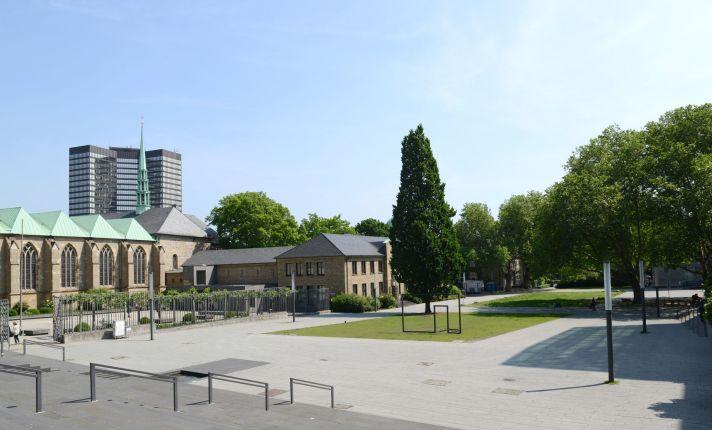 Burgplatz Essen, Elke Brochhagen
